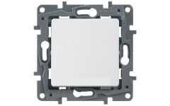 Выключатель-переключатель 10А на винтах Legrand Etika (белый)